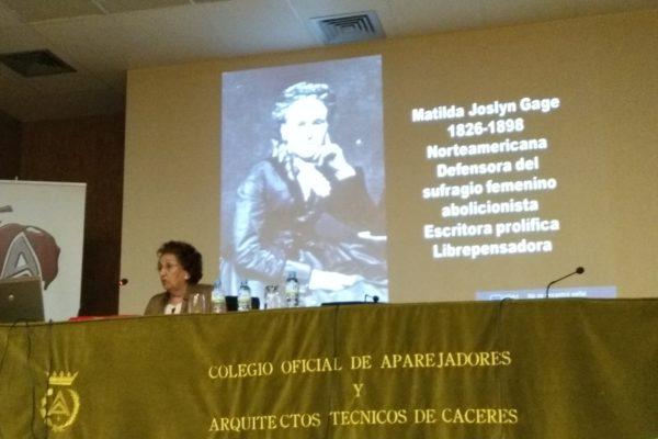 """Conferencia de Dª. GLORIA MATÍN GARCÍA. Titulada: """"MUJERES CIENTÍFICAS EN LA SOMBRA"""""""